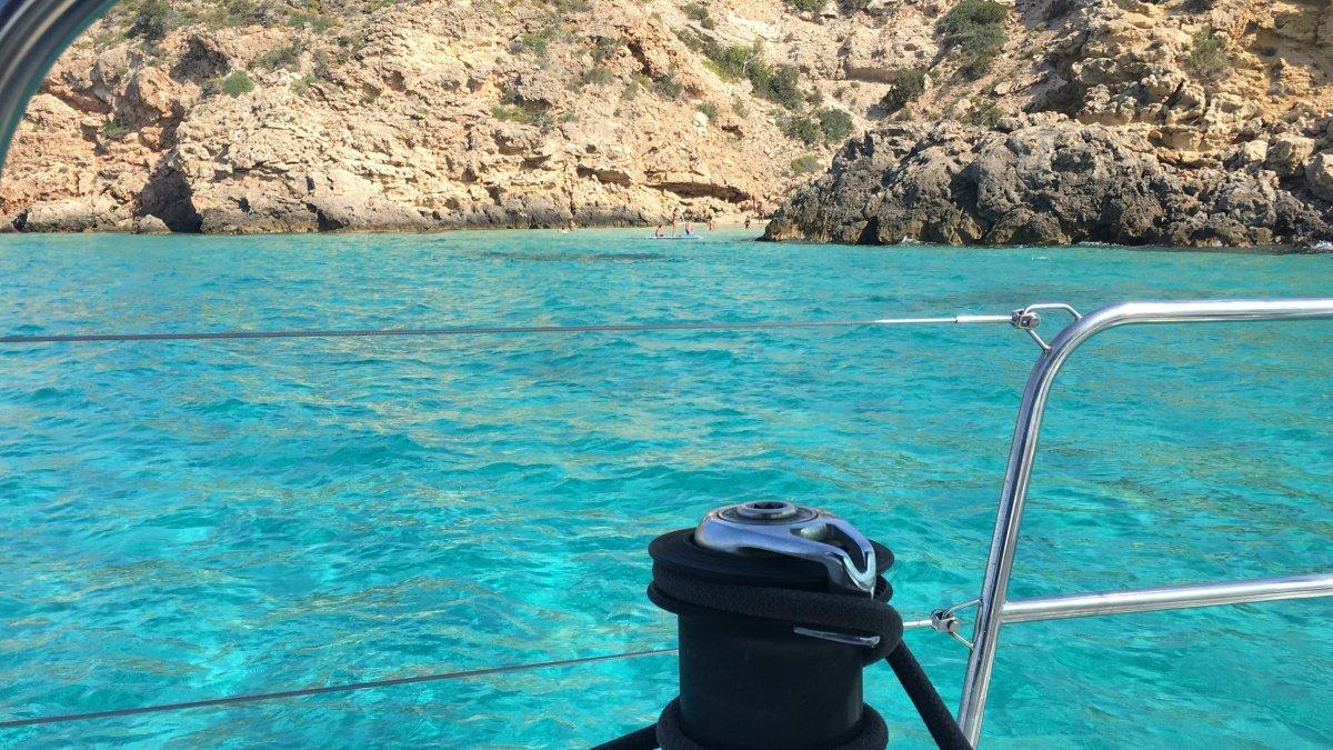 Navegación fiesta de Todos los Santos: Denia - Ibiza / Formentera