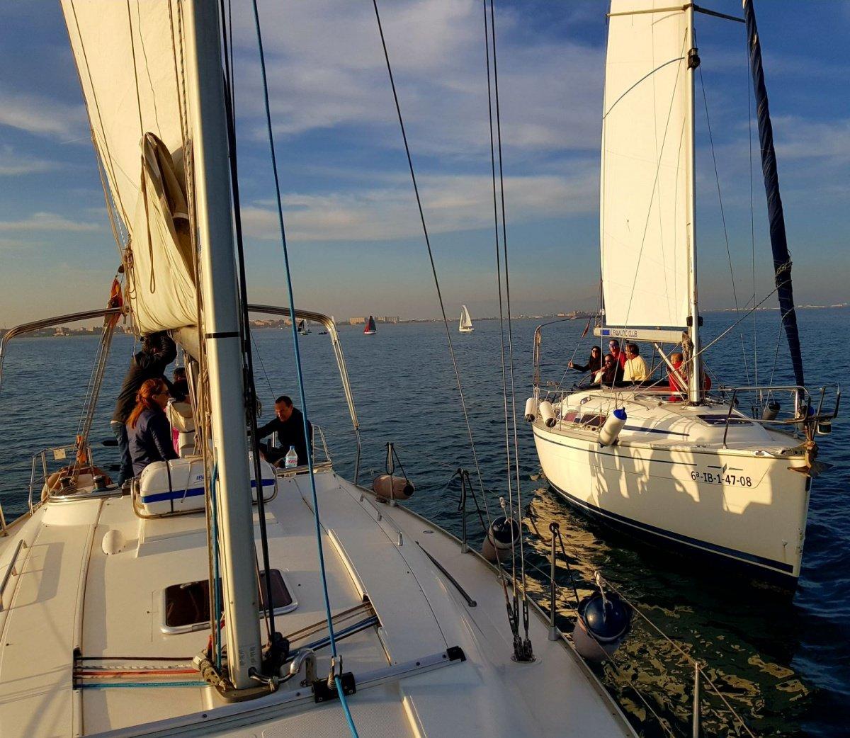 Iniciación a las regatas de crucero un fin de semana en Valencia