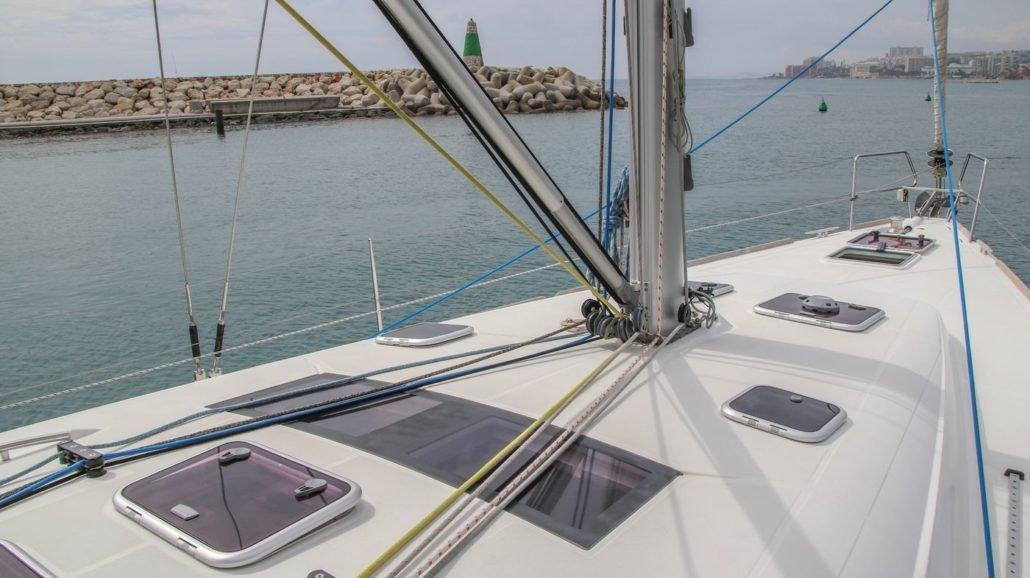 Alquiler de Beneteau Oceanis 50 en el Mediterráneo andaluz
