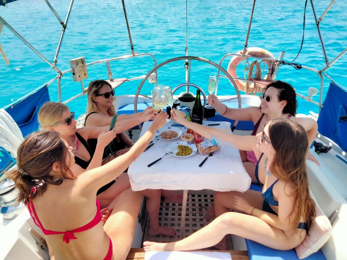 Ruta Ibiza- Formentera en un espectacular velero