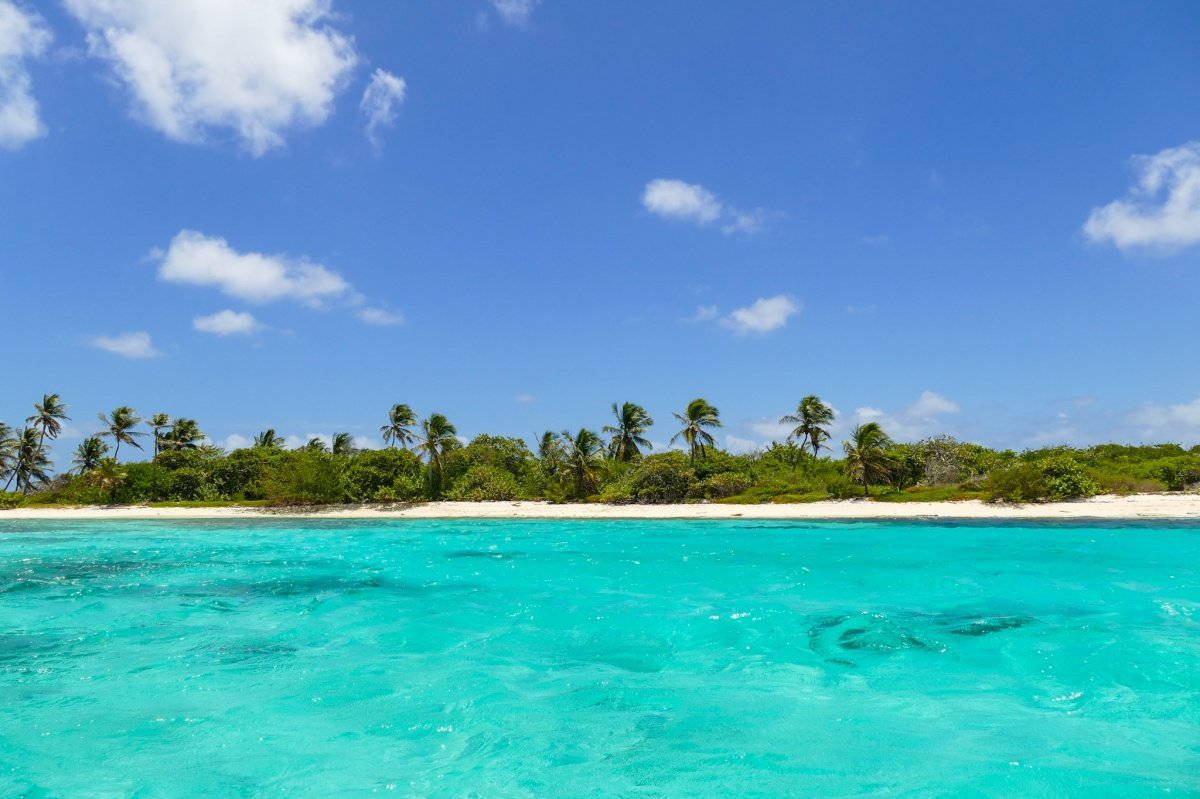 Navega y descubre San Blas en Panamá