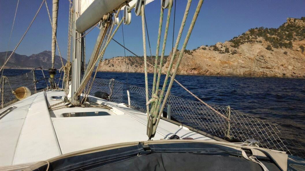 Navegación en velero por el Norte de Mallorca compartiendo gastos.