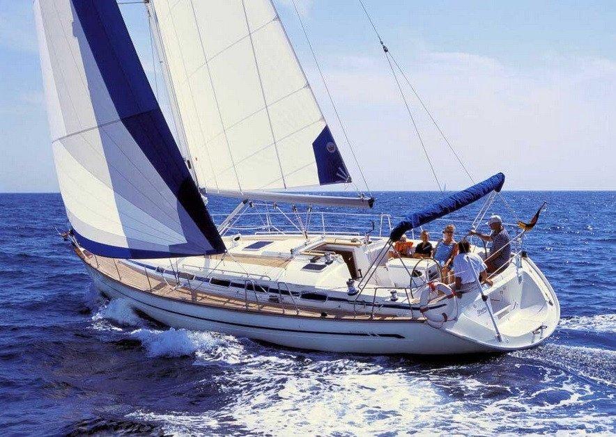 Prácticas de vela/regata- Media jornada en Barcelona