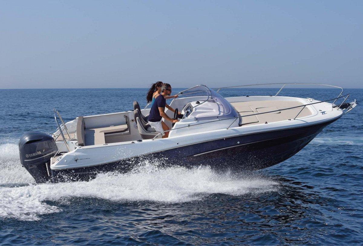Día de navegación por las calas del sur de Menorca