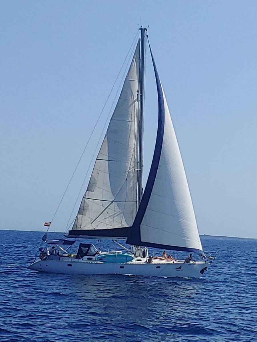 Vacaciones en velero por las Islas baleares Baleares, con familia o amigos