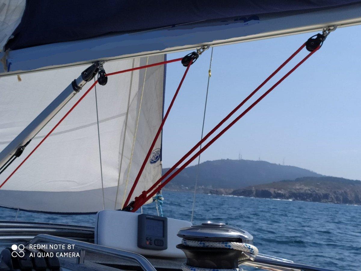 Day Chárter por Rías Altas en velero de 12 metros