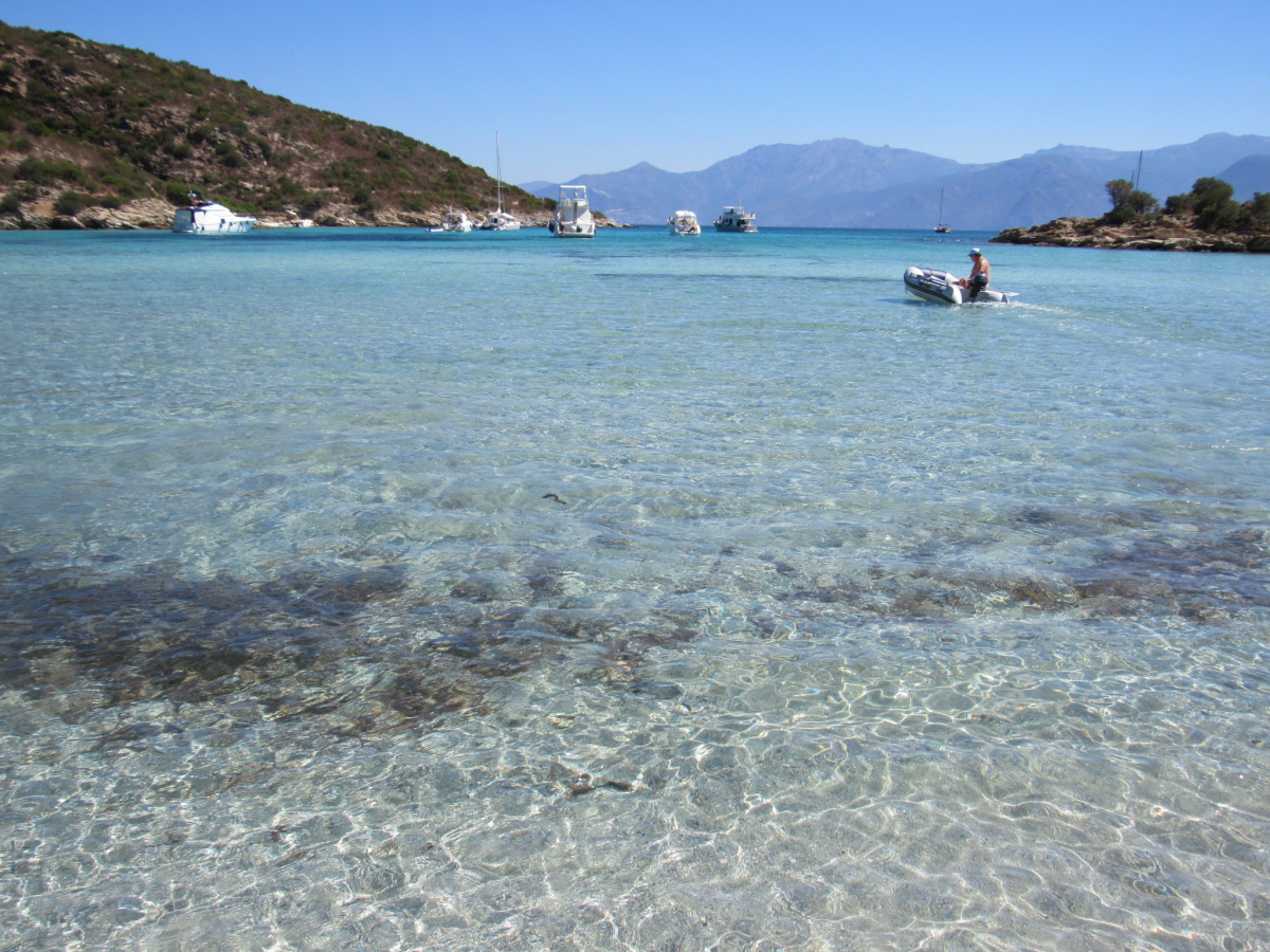 Crociera in barca a vela per una settimana nella Sardegna occidentale