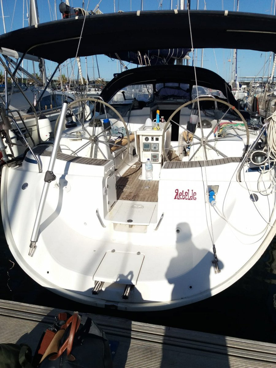Alquiler de velero en Castellón y visita a Columbretes