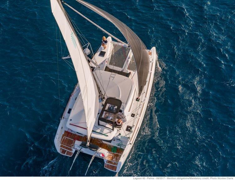 Navega durante un día por Mallorca