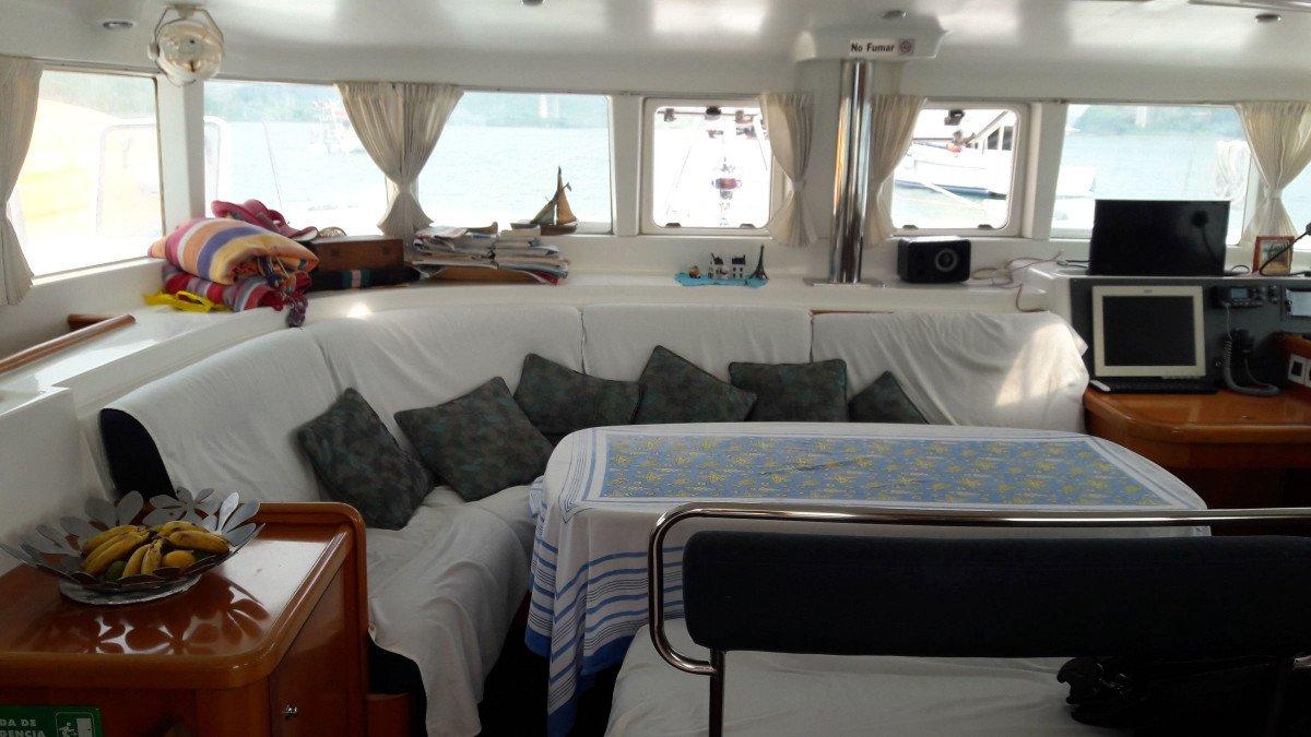 Descubre Córcega en catamarán