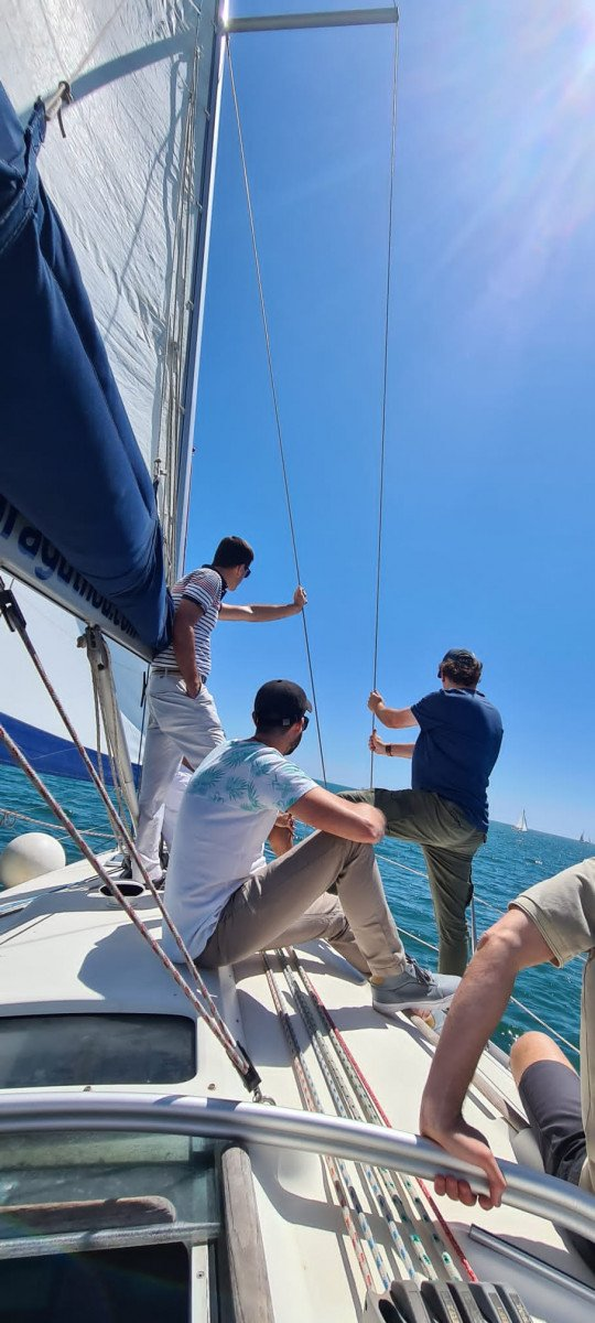 Curso de iniciación a vela en Valencia Mar