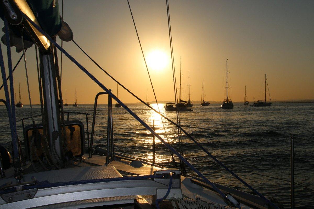 Navega por el Algarve portugues o Suroeste de Andalucía