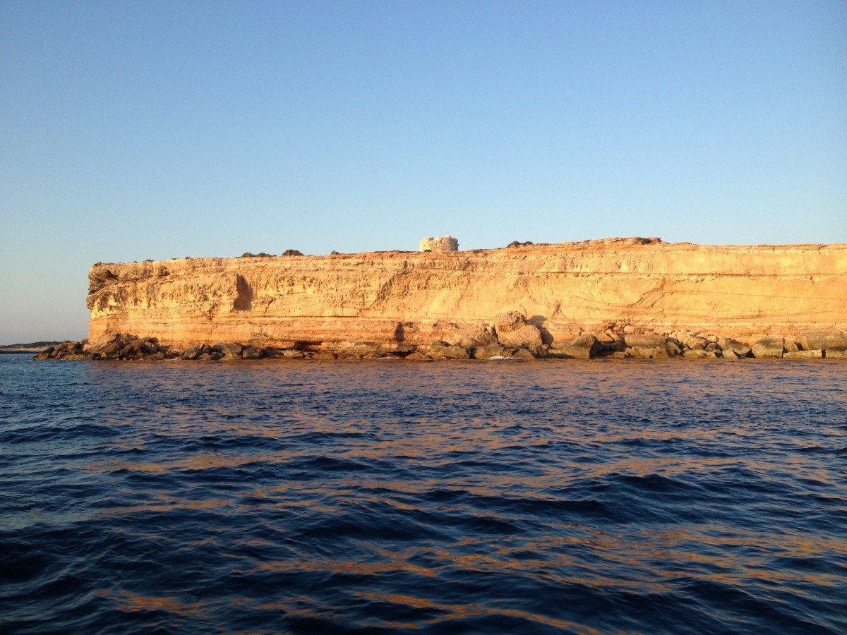 Navegación exclusiva de 5 días por Ibiza y Formentera desde Denia