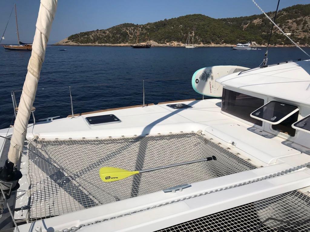 Alquiler de catamarán en Ibiza durante un día