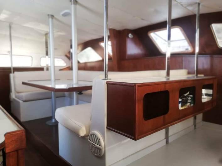 Alquiler de catamarán en Altea por días o semanas
