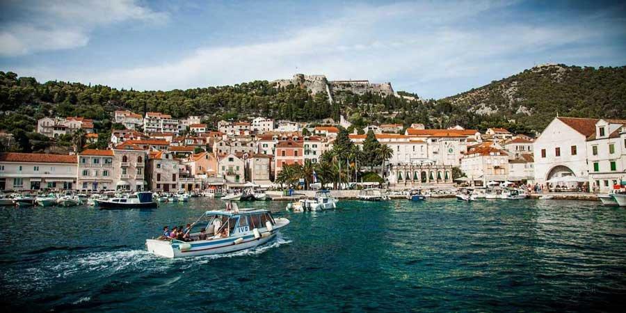 Ruta en flotilla por las islas de Croacia