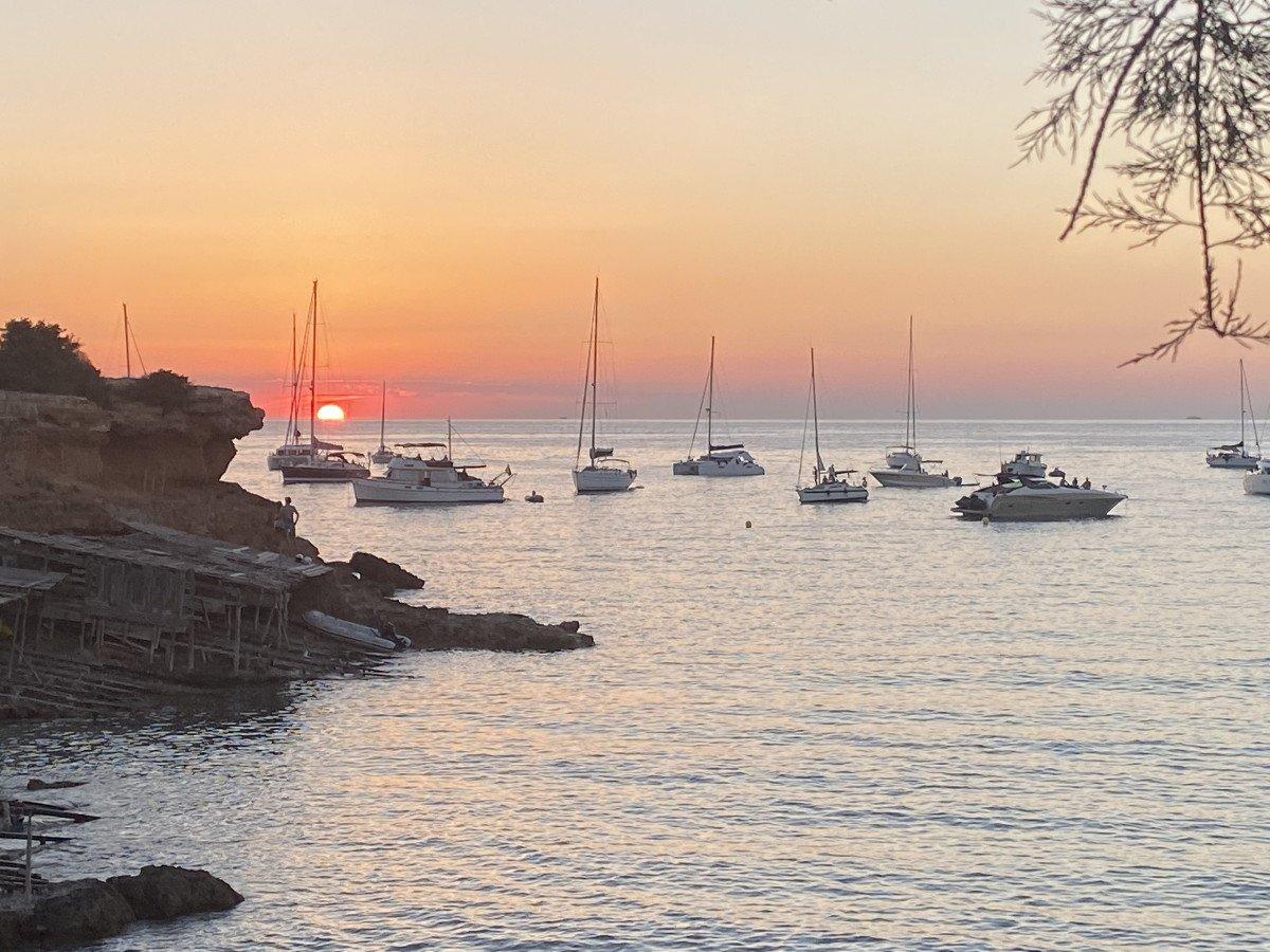 Vacaciones en velero por todo Mallorca, ¡vámonos a circunnavegar La Isla!
