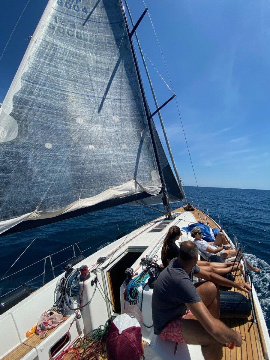 Canarias - Barcelona: travesia en velero exprés