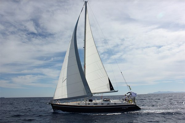 Sailing in the Cyclades isles of Greece