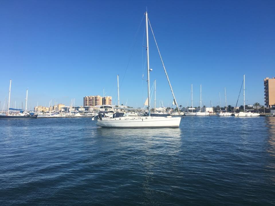 Alquiler de velero con patrón en La Manga del Mar Menor