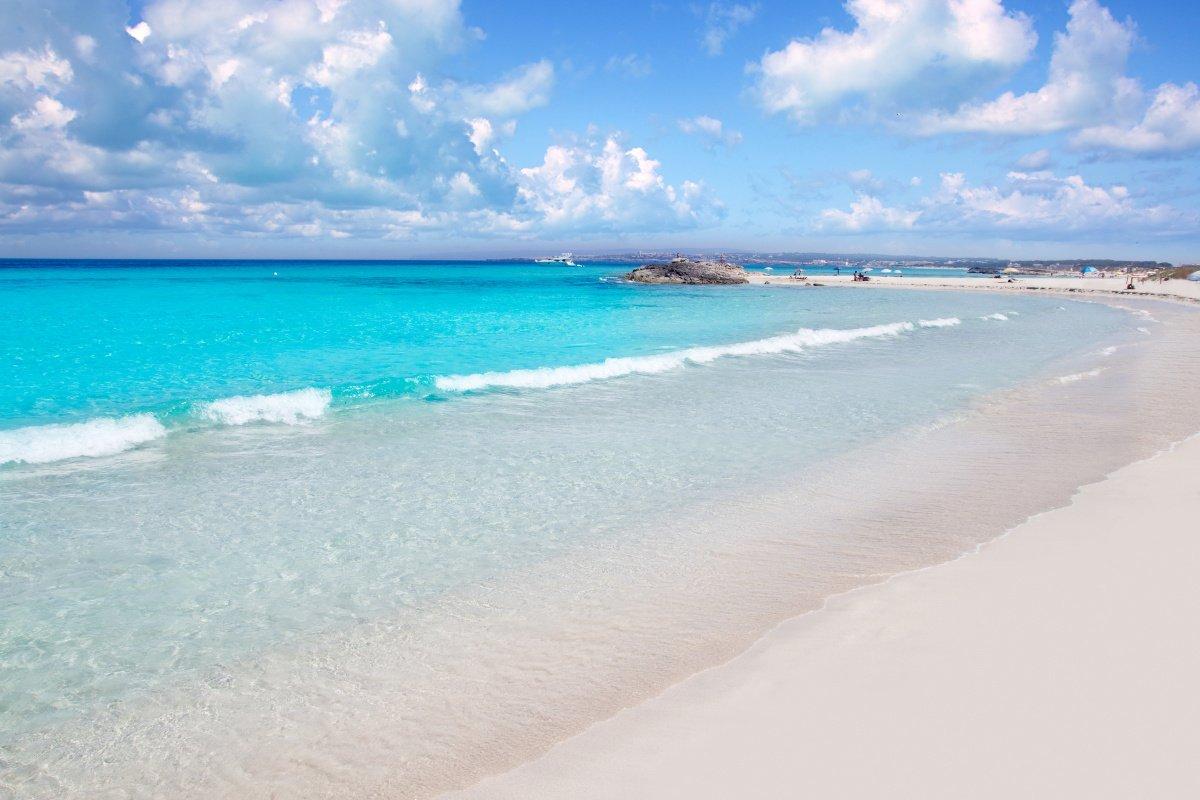 Ibiza y Formentera en velero saliendo desde Barcelona