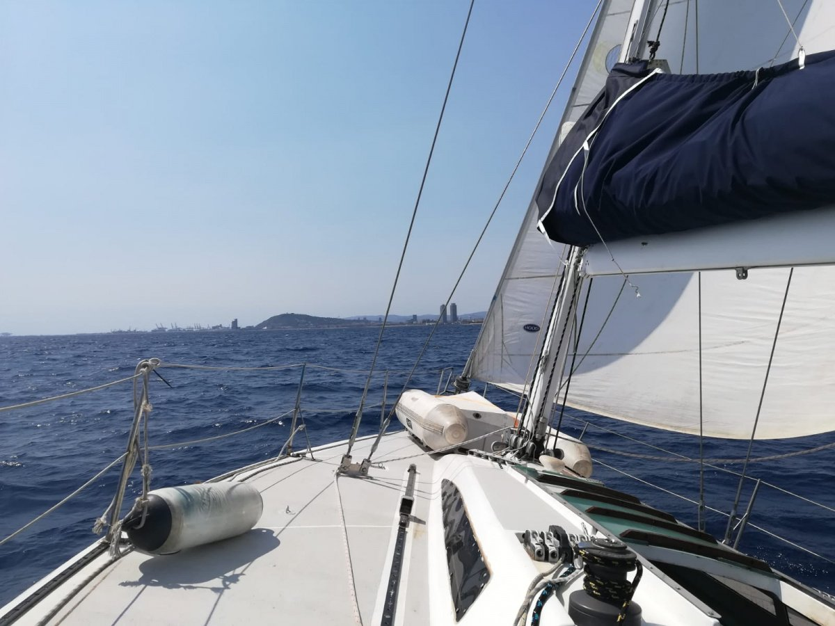 Salidas a navegar en velero por Maresme - Barcelona