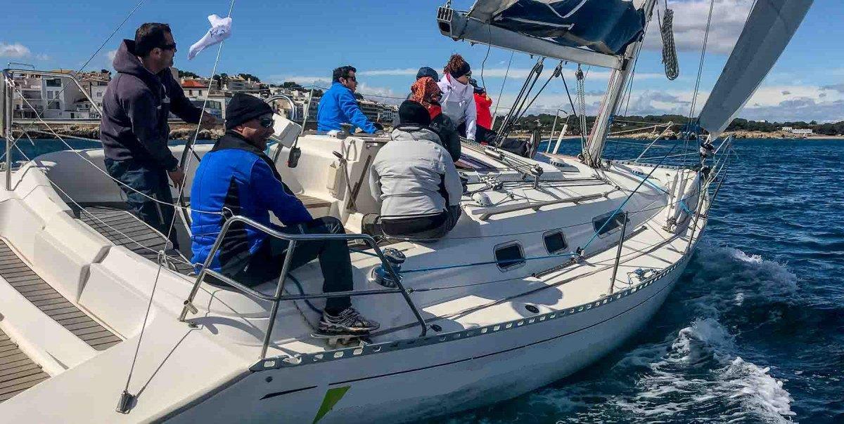 Ruta guiada en velero por Costa Brava