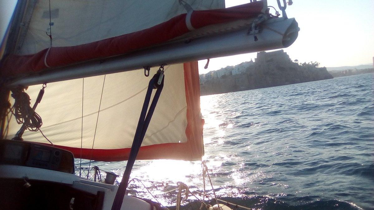 Navegación por la reserva marítima de la Sierra de Irta
