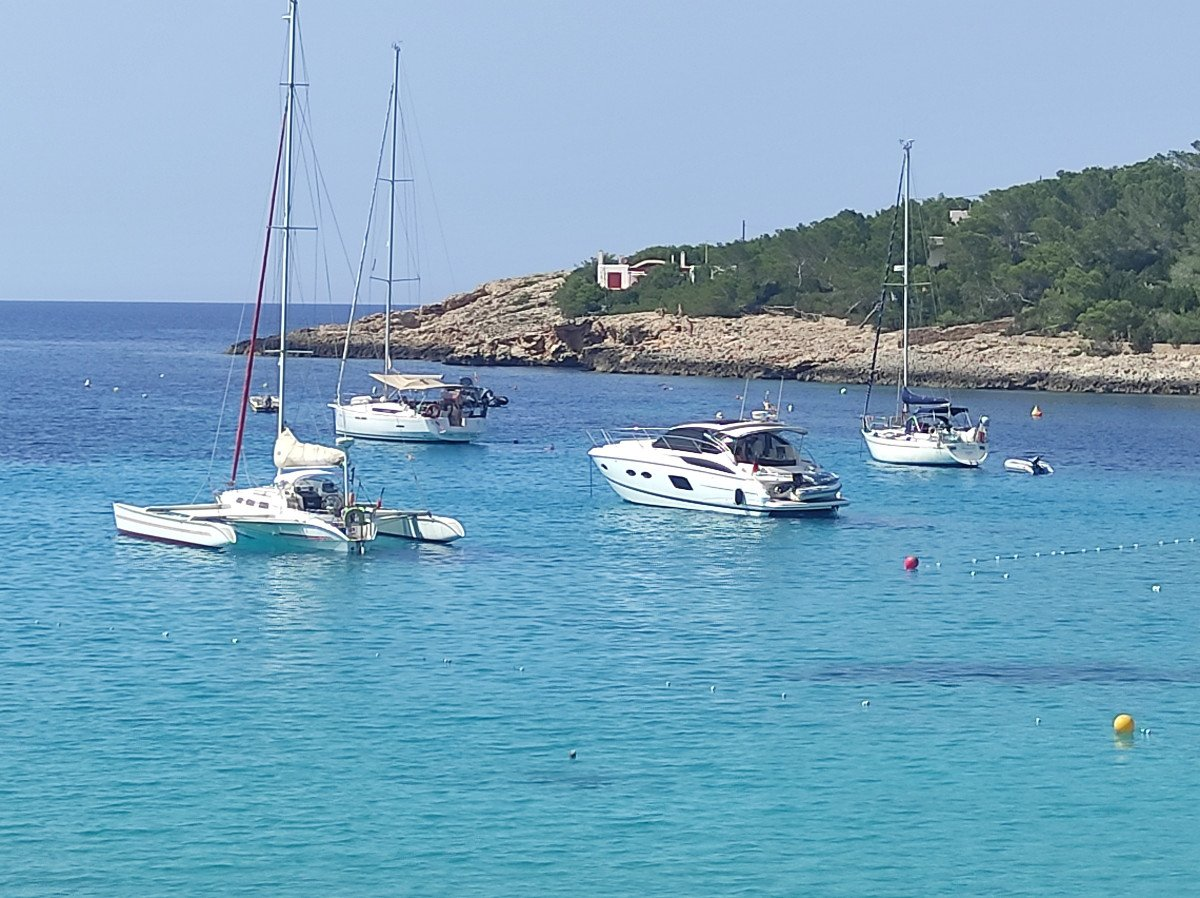 Navega en velero por el Sur de Ibiza y Formentera