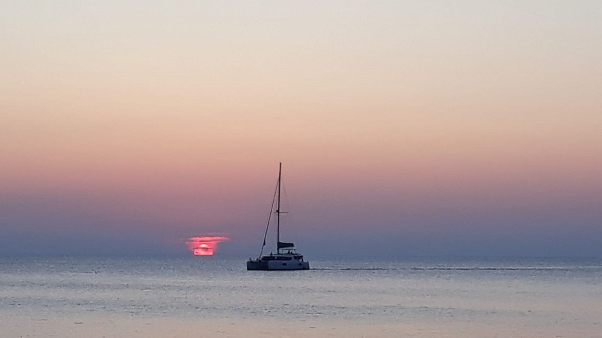 Navega en catamarán una semana por Lanzarote