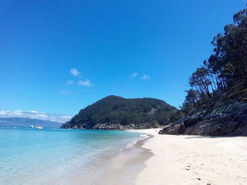Excursión en velero a las Islas Cíes