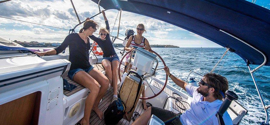 Curso para obtener tu licencia de navegación en Marbella