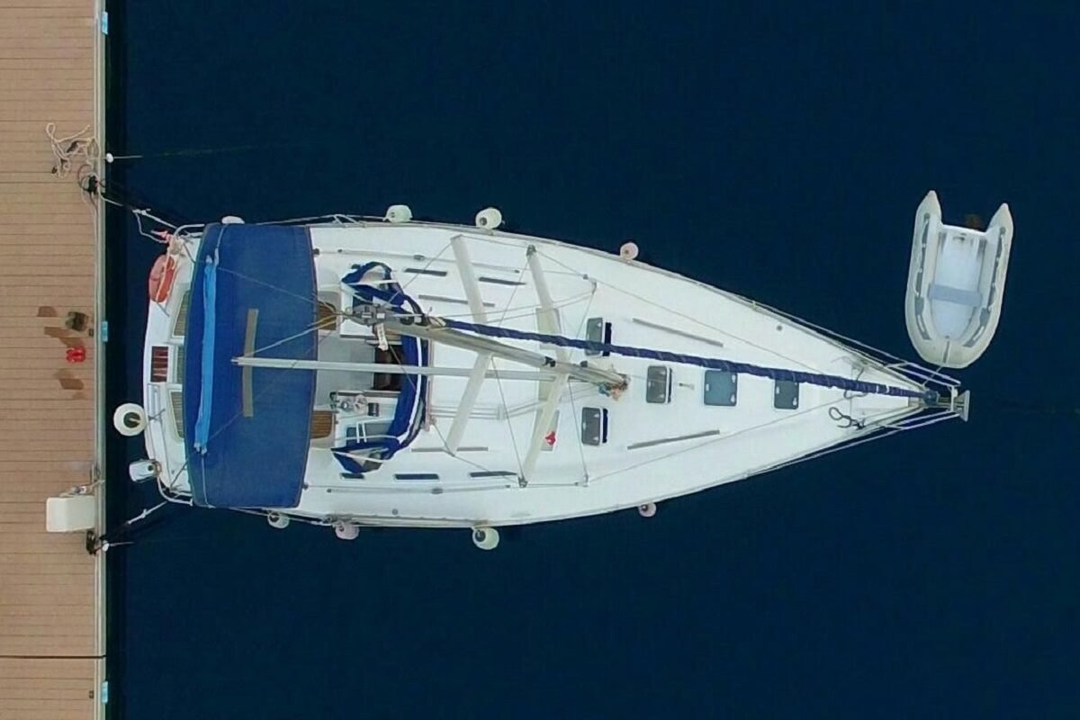Alquiler de velero Beneteau Oceanis 393 durante una semana - Barcelona