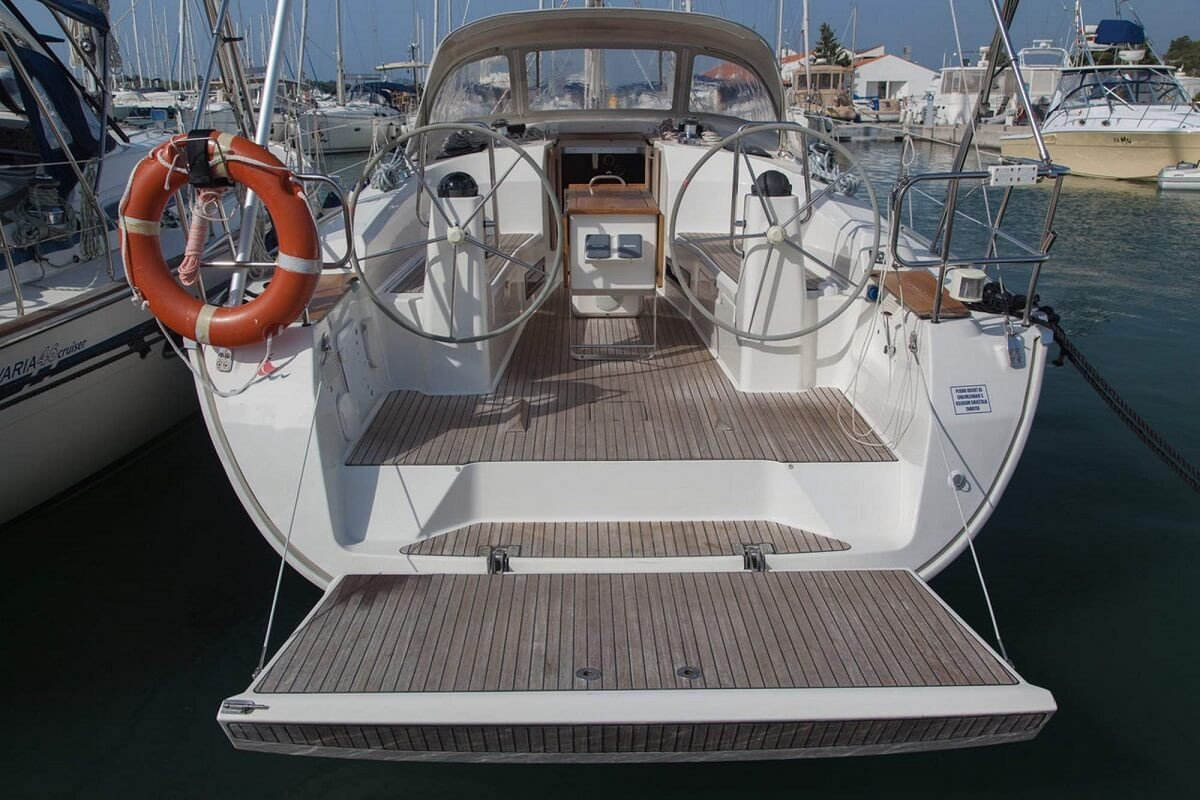 Alquiler de velero Bavaria 45 durante una semana - Barcelona