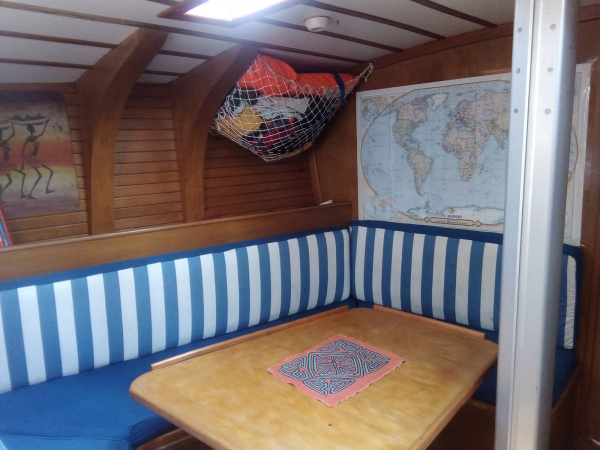 Viaje en velero de Sevilla a Barcelona