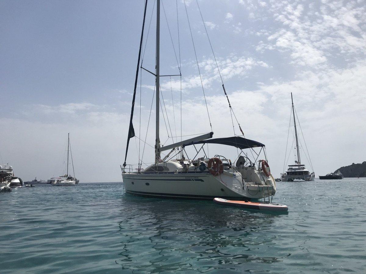 Navega en velero por Ibiza y Formentera desde Altea