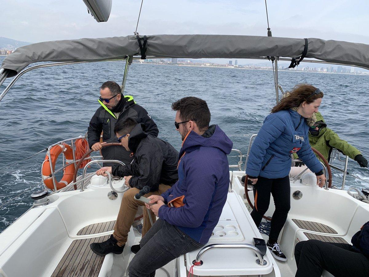 Licencia de Navegación en Barcelona - Título Oficial
