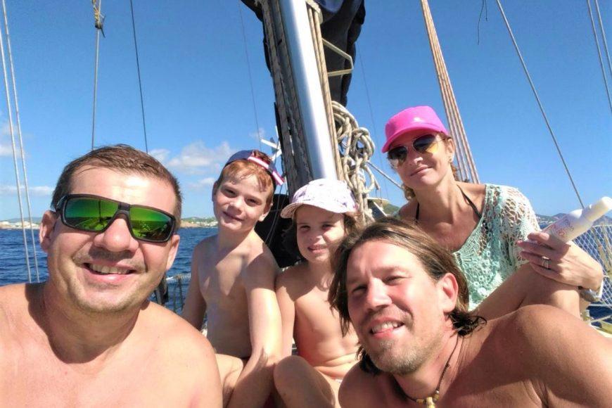 Navega por Ibiza y Formentera. Plazas en barco compartido por días.