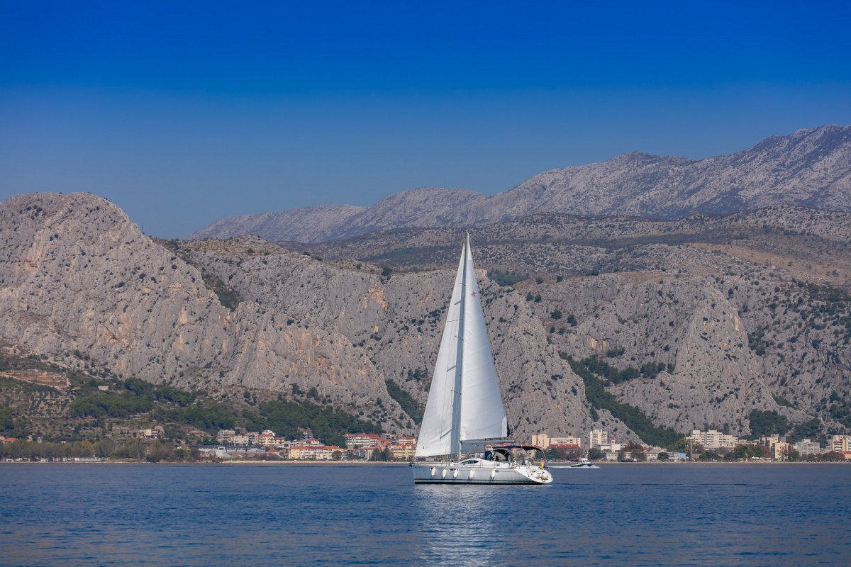 Discover Croatia for a week on a sailboat