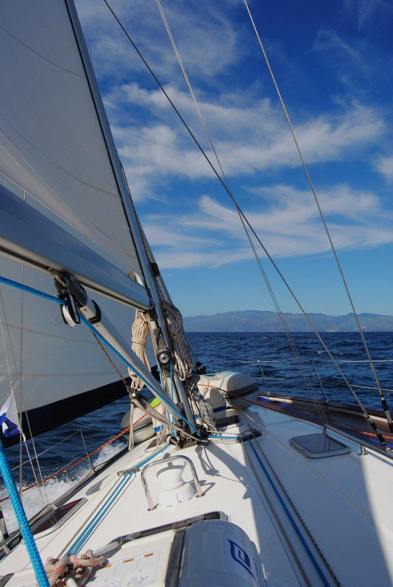 Crucero semana de vela y buceo, en Tenerife y La Gomera con 8 inmersiones