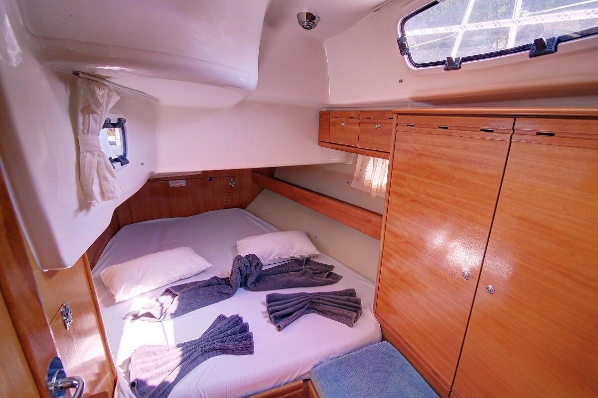 Day Charter en velero Bavaria 46 - Barcelona