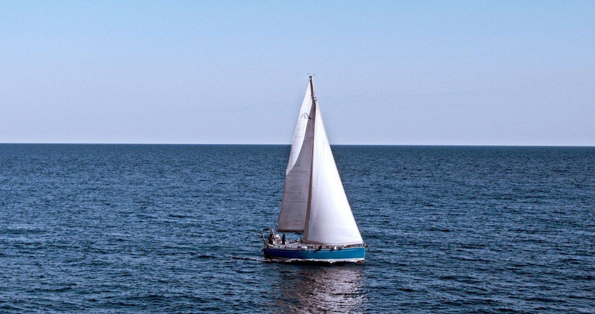 ¡Aprende a navegar en la Costa Brava!