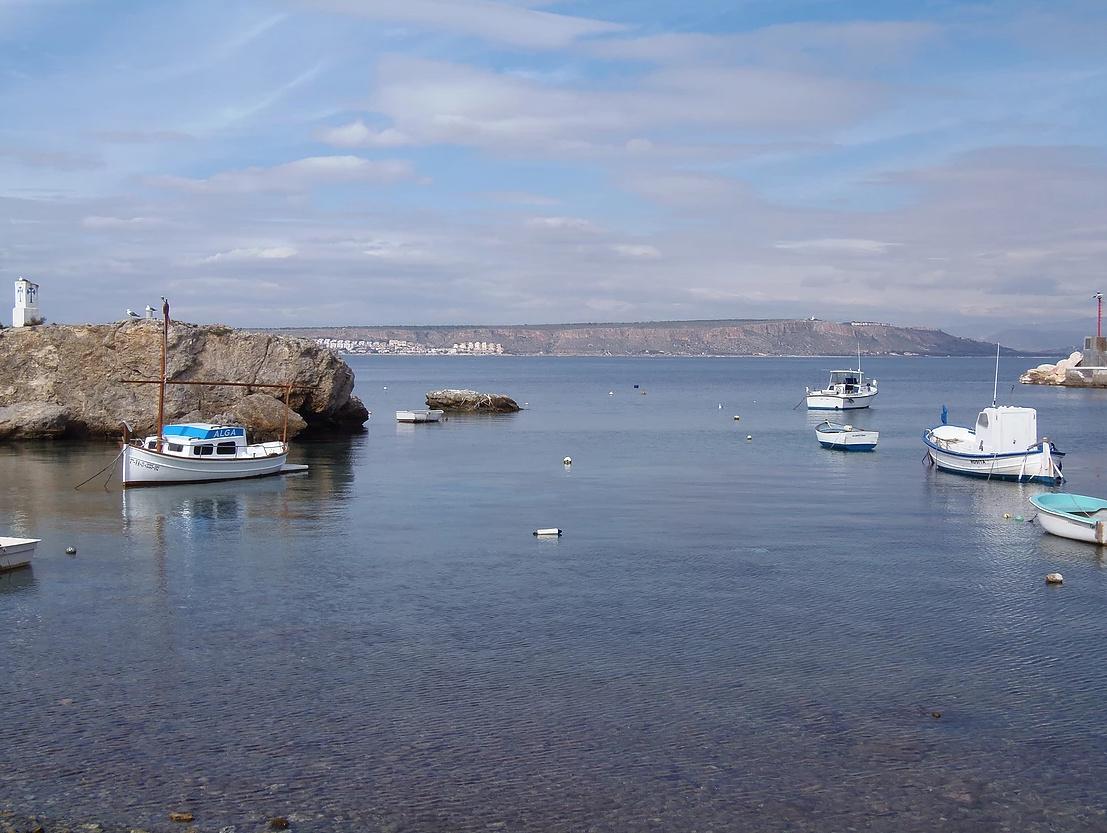 Navegando un día desde Santa Pola hacia Isla de Tabarca
