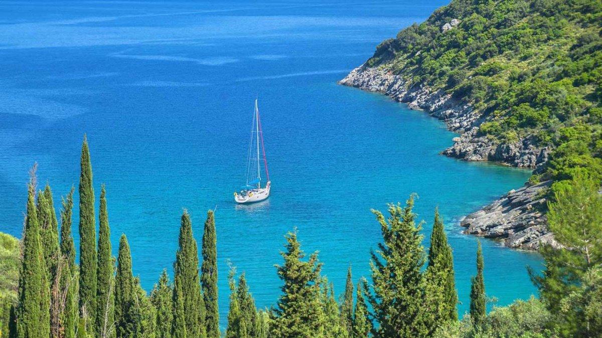 Una semana en flotilla navegando por la Antigua Grecia