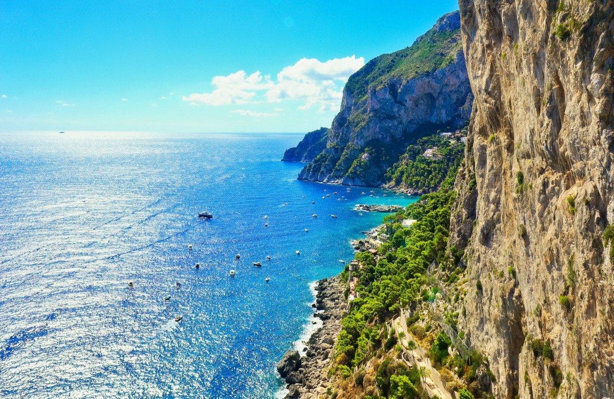 Tour del Mediterráneo en velero por Cerdeña, Nápoles y Sicilia