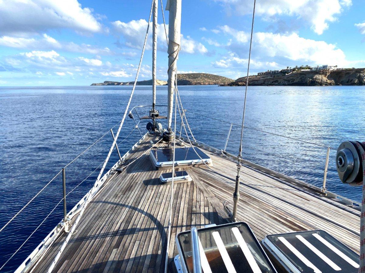 Curso de perfeccionamiento de navegación Valencia-Ibiza durante una semana