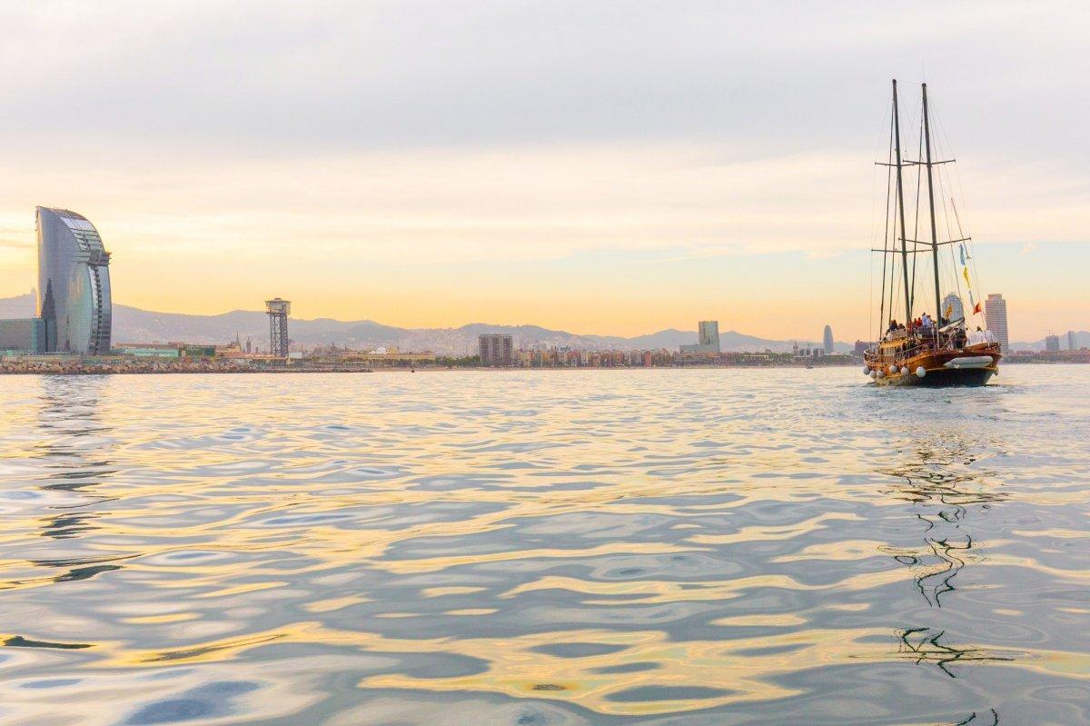 Una puesta de sol diferente por Barcelona