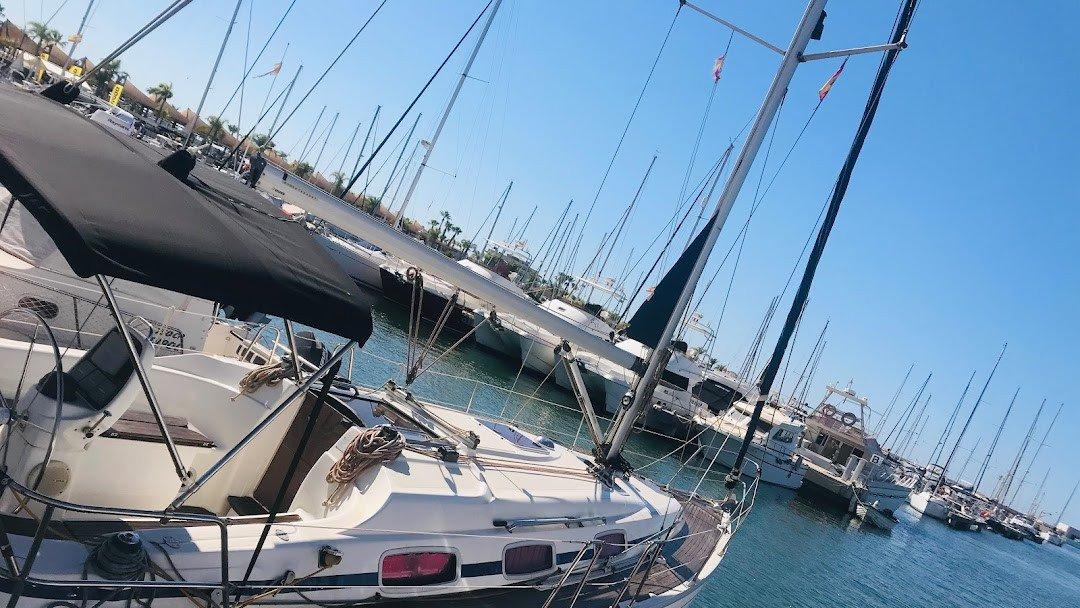 Un día en barco por la isla de Tabarca