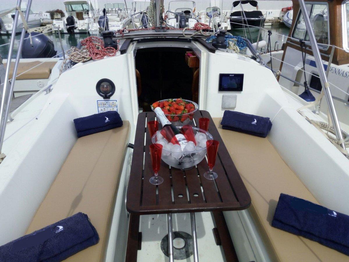 Excursión entre Ibiza y Formentera en barco privado