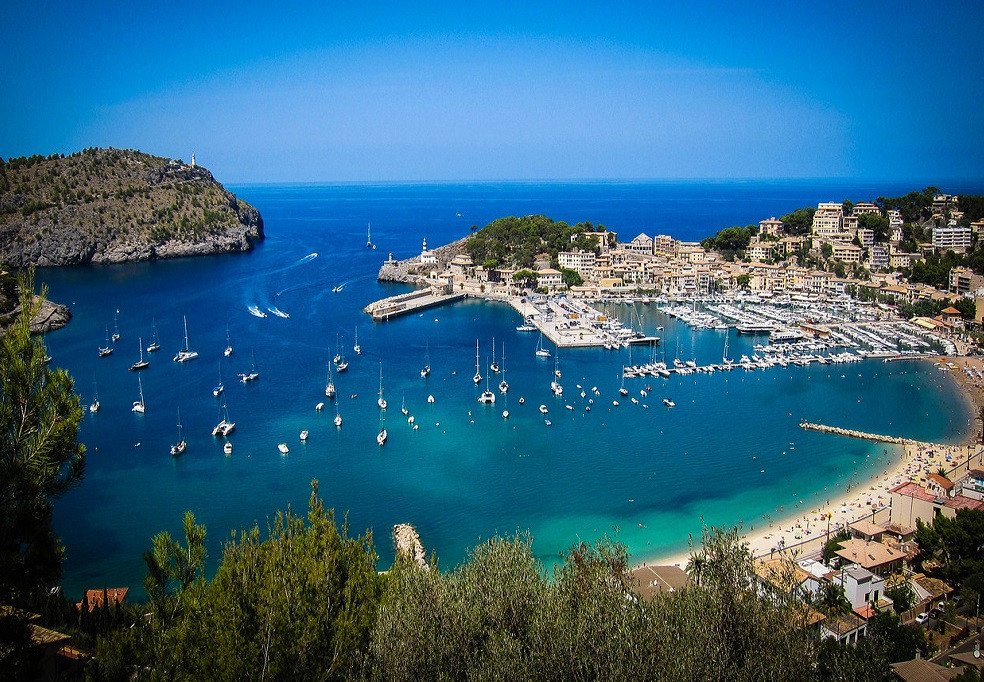 Viaje en velero de 9 días por Mallorca y Cabrera